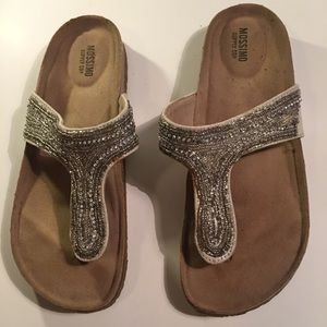 Mossimo Supply Co. Slippers